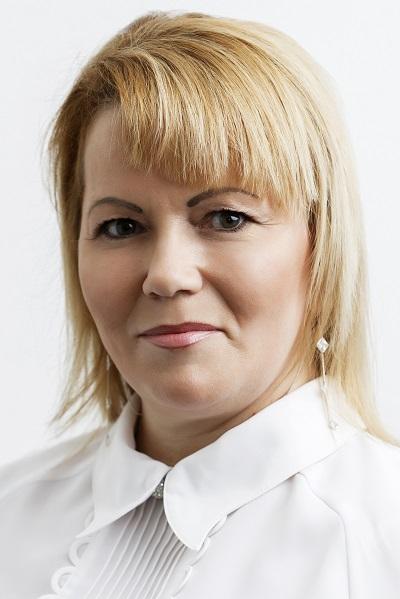 Csaballa Erzsébet